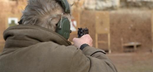 akční pistole