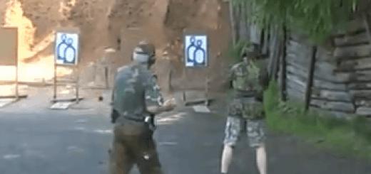 akční pistole video na haldě